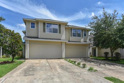 Pasadena Condo/Townhouse For Sale: 6431 Dawson Creek Drive
