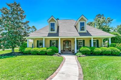 Magnolia Single Family Home For Sale: 10827 Clubhouse Circle