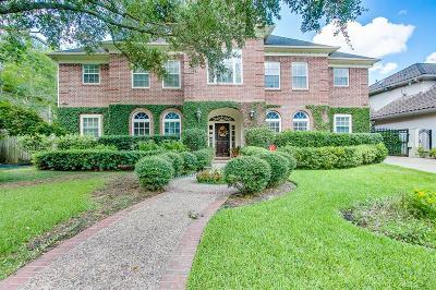 Houston Single Family Home For Sale: 845 Sprucewood Lane
