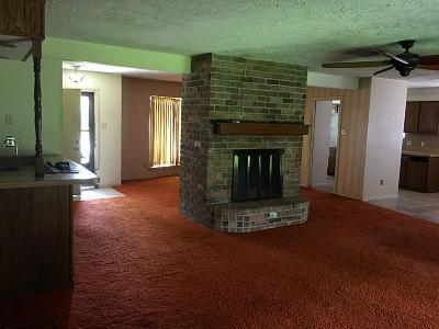 Houston TX Single Family Home For Sale: $128,000