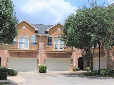 Houston Condo/Townhouse For Sale: 34 Versante Court