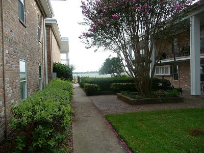 Seabrook Condo/Townhouse For Sale: 3535 Nasa Parkway #62
