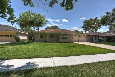 Bellaire Single Family Home For Sale: 4511 Mimosa