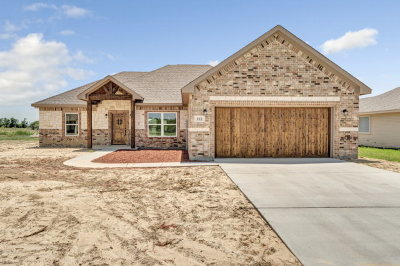 Mabank Single Family Home For Sale: 112 Oak Springs