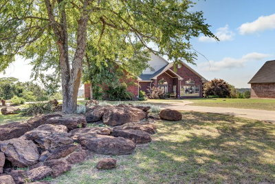 Brownsboro Single Family Home For Sale: 16152 Steep Road