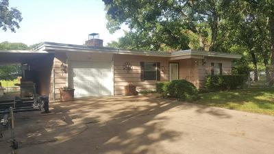 Mabank Single Family Home For Sale: 124 Maples Trail