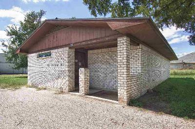 Commercial For Sale: 2000 Us Hwy 281