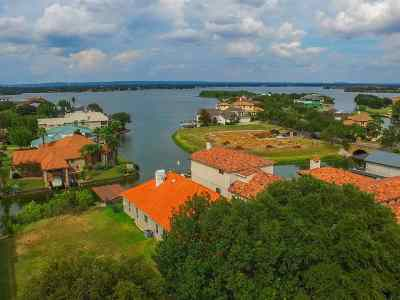 Horseshoe Bay W Single Family Home For Sale: 106 Wennmohs