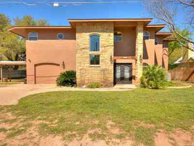 Burnet  Single Family Home For Sale: 148 Lost Trail