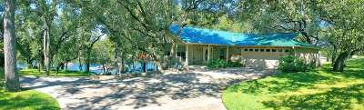 Burnet Single Family Home For Sale: 563 Shoals Parkway