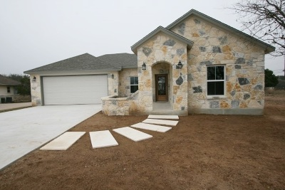 Marble Falls Single Family Home Pending-Taking Backups: 807 Lacey Oak Circle