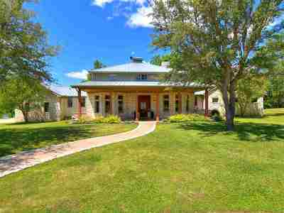 Burnet Single Family Home For Sale: 237 Waters Edge