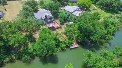 Burnet Single Family Home For Sale: 347 Shoals Parkway