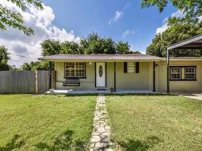Burnet Single Family Home Pending-Taking Backups: 803 E Johnson