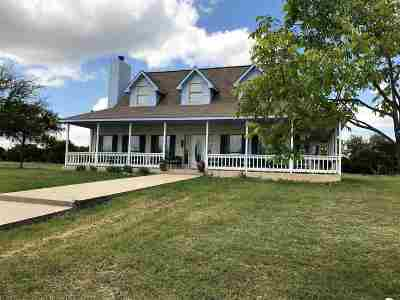 Lampasas County Single Family Home For Sale: 2801 A & B Fm 1715