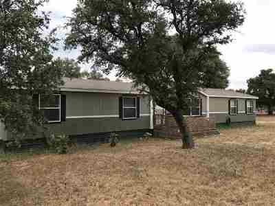 Kingsland TX Single Family Home For Sale: $119,000