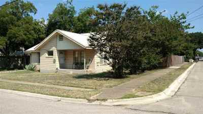 Burnet Single Family Home For Sale: 208 E Post Oak