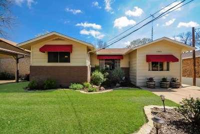 Kingsland Single Family Home For Sale: 302 Riverside