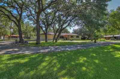 Kingsland TX Single Family Home Pending-Taking Backups: $249,900
