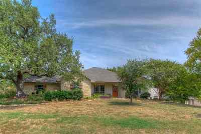 Kingsland Single Family Home For Sale: 222 Skyline