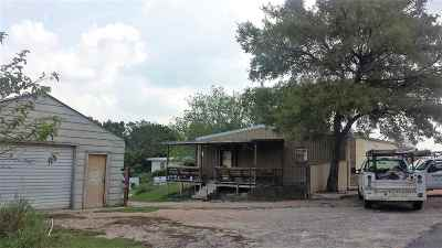 Lampasas Commercial For Sale: 1819 S Chestnut