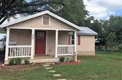 Burnet Single Family Home Pending-Taking Backups: 608 Josephine