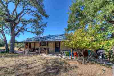 Burnet County Single Family Home For Sale: 104 Derringer