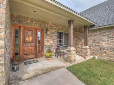 Burnet TX Single Family Home Temporarily Off Market: $439,900
