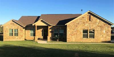Burnet County Single Family Home For Sale: 103 Tierra Rica Court