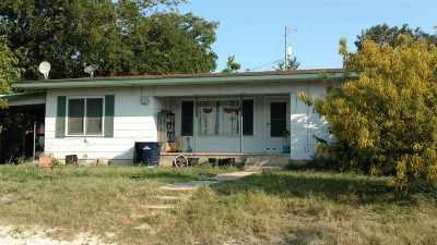 Burnet Single Family Home For Sale: 200 E Graves