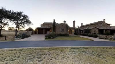 Escondido Single Family Home For Sale: 104 Estrella