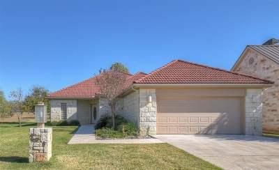 Horseshoe Bay Single Family Home For Sale: 409 Hi Circle W