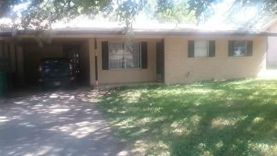 Kingsland Single Family Home For Sale: 448 Elm Dr