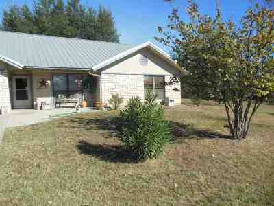 Burnet Single Family Home For Sale: 1106 County Road 118