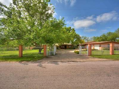 Kingsland TX Single Family Home For Sale: $1,174,900