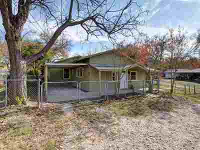 Marble Falls Single Family Home For Sale: 915 Avenue G