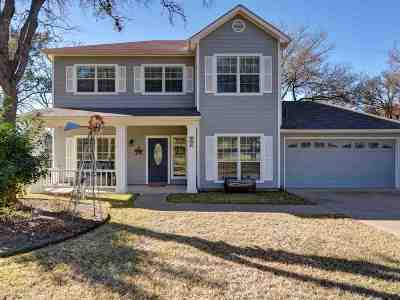 Single Family Home For Sale: 303 W Greenbriar