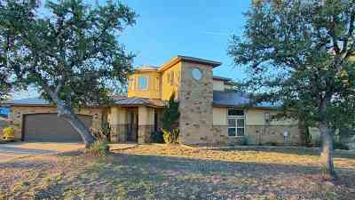 Kingsland Single Family Home For Sale: 208 Colina Cove Dr.