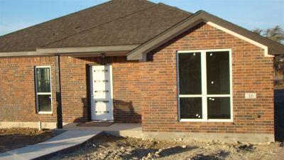 Lampasas County Single Family Home For Sale: 16 Samac