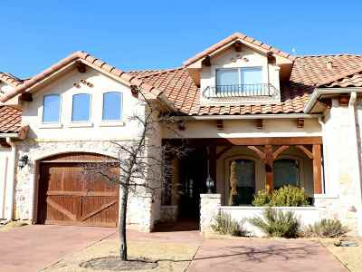 Horseshoe Bay Single Family Home For Sale: 102 Enclave
