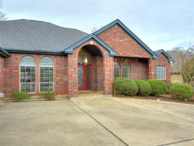 Burnet Single Family Home For Sale: 308 Delaware Springs