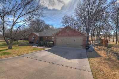 Kingsland Single Family Home For Sale: 283 Skyview