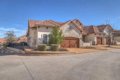 Horseshoe Bay TX Single Family Home For Sale: $345,000