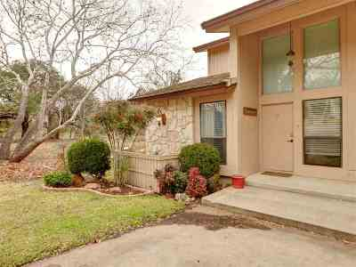 Horseshoe Bay TX Single Family Home For Sale: $379,000