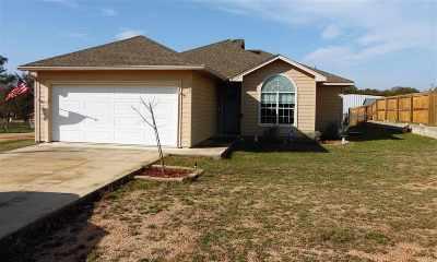 Kingsland Single Family Home For Sale: 211 Hill Top
