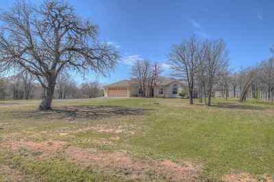 Kingsland TX Single Family Home For Sale: $329,000
