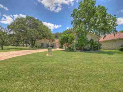 Horseshoe Bay TX Single Family Home For Sale: $285,000