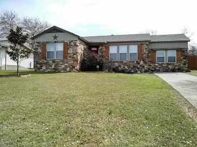 Lampasas County Single Family Home For Sale: 10 Del Norte