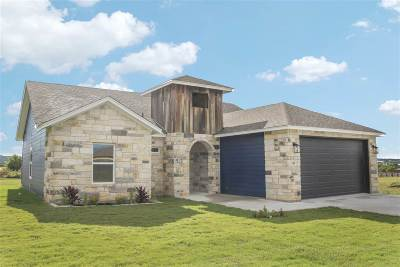 Burnet Single Family Home For Sale: 101 Thomas Cv