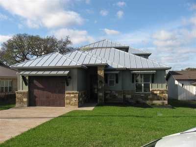 Bell County, Bosque County, Burnet County, Calhoun County, Coryell County, Lampasas County, Limestone County, Llano County, McLennan County, Milam County, Mills County, San Saba County, Williamson County, Hamilton County Single Family Home For Sale: 532 Pecan Creek Dr